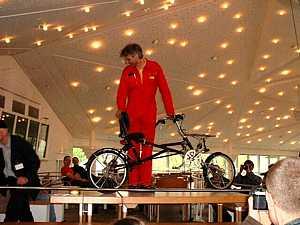 Faltlieger-Wettbewerb 2002