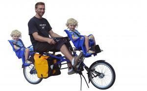 falter mit zwei Kindersitzen (news vom 10.08.2012)